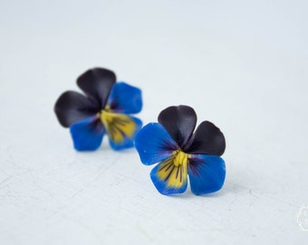 Blue Black Pansies Stud Earrings Wholesale Kiss-me-quick Studs Small Hypoallergenic Polymer Clay Studs Bridal Wedding Christmas Xmas Gift