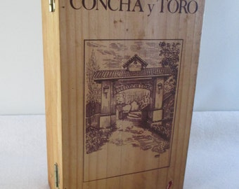 Wooden Box, Concha y Toro, Wine Box, Conch and Bull, Surf and Turf, Display Storage, DIY Craft Supply, Keepsake Memento Letter Note Holder