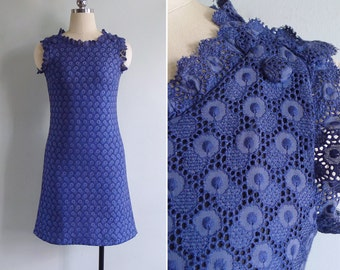 10-25% OFF Code In Shop - Vintage 60's Navy Blue Cotton Embroidered Lace Eyelet Shift Dress XS