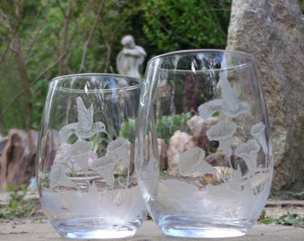 Hand Engraved Elegant Stemless wine glass set of two with Hummingbirds and Morning Glory Unique gift