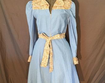Vintage: 70's Prairie Zip Dress