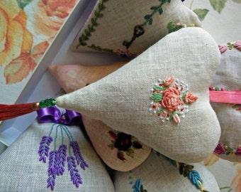 Lavender heart with unique motif