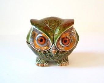 Super Cute! Ceramic Owl Jewelry Box/ Trinket Box/ Large Eyed Owl Box/ Lidded Stash Box/ Kitsch Owl/ Vintage 70s Owl/ Mid Century Retro Owl