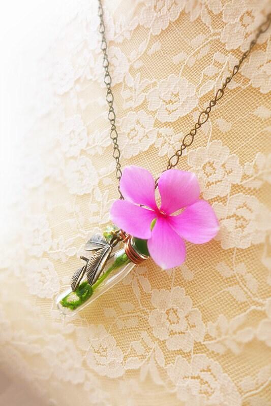 flower vase necklace live plant necklace leaf by chuscraft