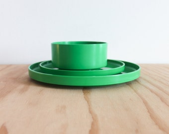 Green Massimo Vignelli Heller 3 Piece Dish Set
