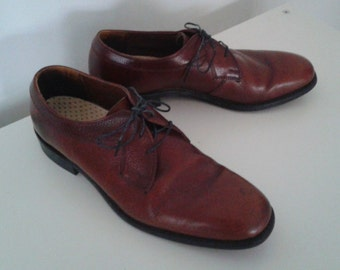 Vintage 1960's Beautiful Chestnut Brown Leather Shoes Oxfords Sz 9 Mod Minimalist