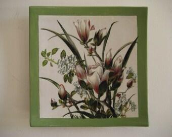 Hand painted ceramic plate: magnolia Flowers (015-2015)