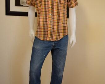 Plaid Mens Shirt 1970s Classic Retro by Campus Vintage 70s Button up Polo / Size M 15 - 15 1/2