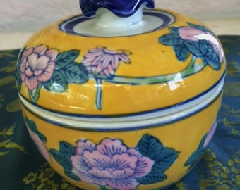 Oriental Bowl, Bowl with Lid, Asian Porcelain, Asian Candy Dish, Bowl with Flowers, SALE