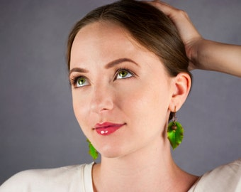 Green earrings Leaf earrings Rustic jewelry earrings Botanical jewelry Leaf jewelry Dangle earrings Long earrings Natural jewelry accessory