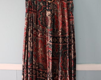 1970's Paisley Print Maxi Skirt / Rayon Maxi Skirt by Jeremy Scott / Pleated Skirt with belt / Size 5/6 XS to Small