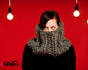 GREY Elizabethan Collar Cowl (VEGAN)...vegan hand knit, chunky knit, knit cowl, vegan knit, vegan gift.