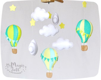 Baby mobile clouds Crib mobile hot air balloons and clouds Baby boy mobile balloons mobile Nursery travel mobile Baby shower gift