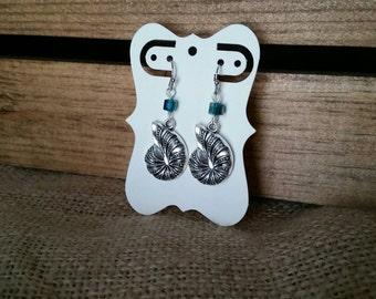 Beach themed Sea Shell earrings, Beach jewelry