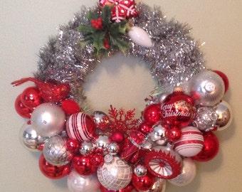 Mid century, retro, kitschy Christmas ornament wreath.