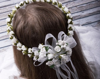 wreath for communion with colour delicate green, hair decoration for communion