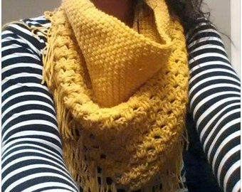 crochet triangle fringed cowl