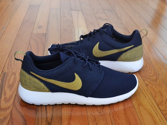 ryhvm Custom Nike Roshe Run Navy Gold by StyloBrand on Etsy