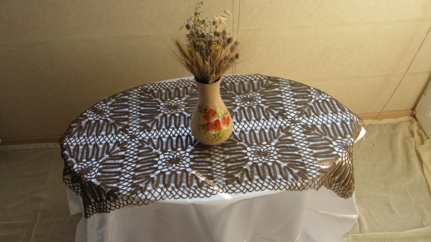 Brown Tablecloth Lace, Doilies Vintage Doily Runner Crocheted Lace, Rare Tablecl
