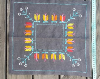 Cross stitch vintage cloth Swedish handcraft made in Sweden, 38 cm x 37 cm.