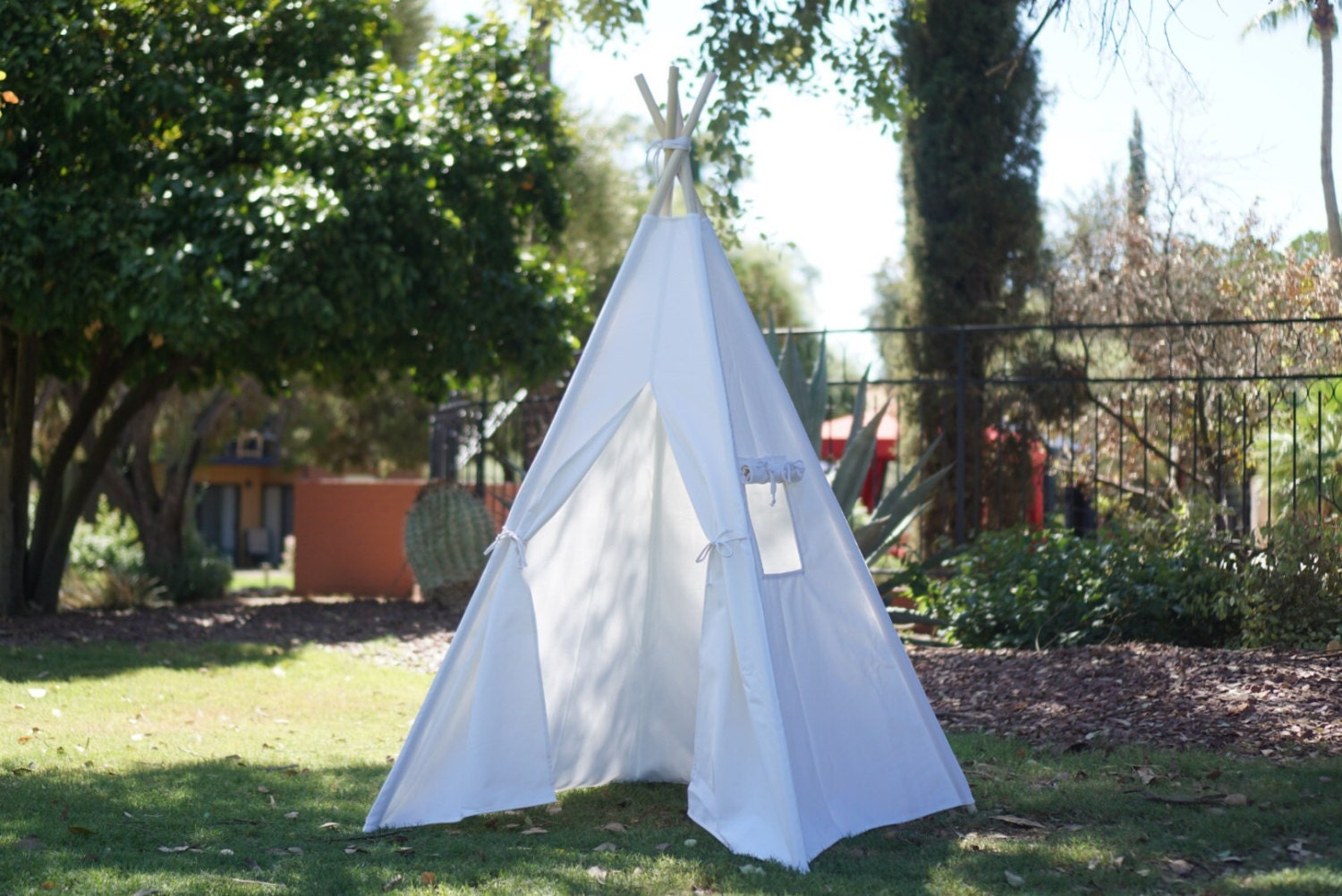 CANOPY 36u0027u0027 kids Teepee in white canvas/ canvas Play tent / Tipi Wigwam or Playhouse with door Ties & CANOPY 36u0027u0027 kids Teepee in white canvas/ canvas Play tent / Tipi ...