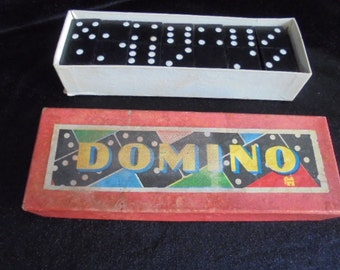 Domino game in board box/vintage board game/complete with 28 stones