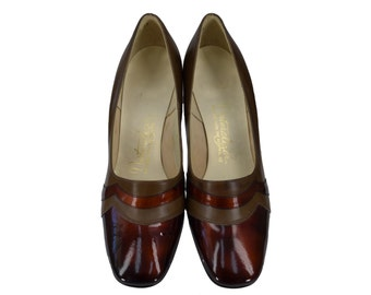 """Vintage Shoes, 1960s Shoes, 60s Shoes, Brown Tortoiseshell and Olive Green Pumps, 2"""" Vintage Heels, Vintage Pumps, Womens Size 6 1/2, 6.5"""