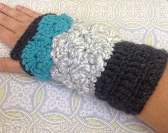 Crochet Fingerless Gloves, Wrist Warmers, Gift, Texting Mittens