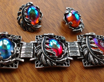 Outstanding Iridescent Bracelet & Earrings -Signed Prestige- Reds/Blues -Vivid Opalescent Colours