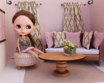 Blythe/Barbie Dollhouse Furniture Accessories, Pink/Gold Curtains, Pillows, Ottoman, 1:6 Scale, Elegant and Feminine