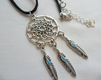 Dream catcher necklace, silver dreamcatcher necklace,dream catcher jewellery,gift,boho,spiritual,native american necklace,pendant,feather
