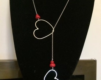 Red heart lariat