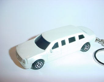 3D 2015 Cadillac One LIMO custom keychain by Brian Thornton keyring key chain finished in white POTUS