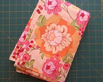 1 Yard Meadowsweet Splashy Rose in Orange by Sandi Henderson for Michael Miller, OOP and VHTF