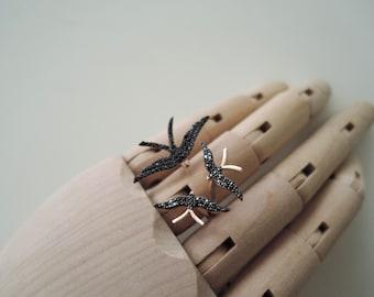 Three birds silver ring