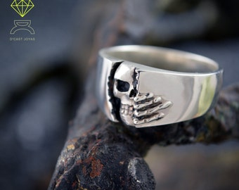 Skull Ring solid sterling silver Winter is comig