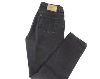 Vtg boyfriend jeans. Black ck 5pkt faded, broken in cotton jeans.W28 L32