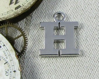"""Silver Wide Serif Letter """"H"""" Charm, 1 or 5 letters per package  ALF023h"""