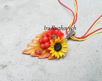 Poppi Sunflower and berries Necklace, Flower earrings