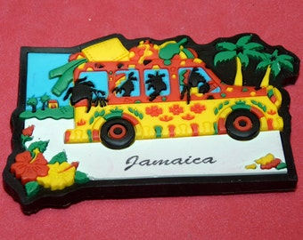 Vintage Magnet Jamaica Caribbean island Dreeds Bus Next to the beach souvenir