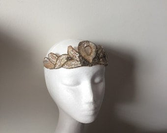 Rare Gatsby 1920s flapper vintage sequins and beads headband made in Belgium. Bridal evening