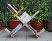 Minimalist shelf - small library - modular - geometric - table bed or armchair - lay or hang