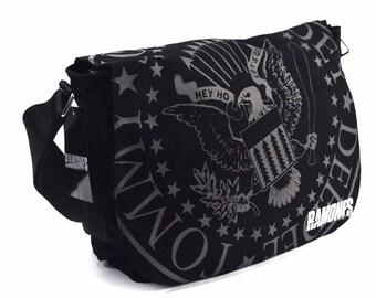 RAMONES MESSENGER BAG   Shoulder Bag