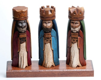 """Tres Reyes Magos (Three wise men) hand carved 8"""" Tall"""