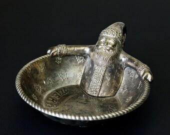 Vintage,International Silver, Silver  Company, Santa Holiday, Serving Bowl ,Silver Bowl ,Santa Claus,Christmas bowl