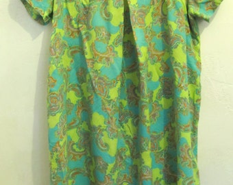 25% 0FF SalE!!A GROOVY Vintage 40's,Paisley Art Deco era House Dress.M