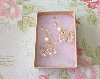 Freshwater pearls wire earrings