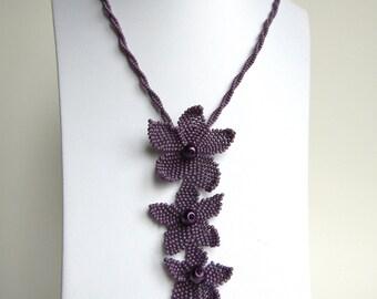 Beaded flower pendant necklace , Flower necklace , elegant necklace , for her