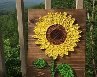 CUSTOM Sunflower String Art Sign, sunflower wall art, Flower Decor, Gift for Her, handmade art, Valentine's Day