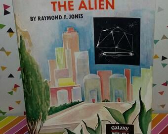 Galaxy Science Fiction Novel # 6 The Alien by Raymond F Jones